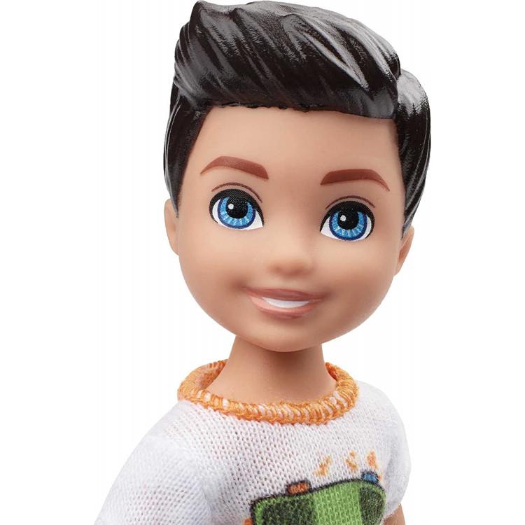 Кукла Барби Мальчик Челси в футболке со скейтбордом Barbie Club Chelsea Boy Doll, Brunette