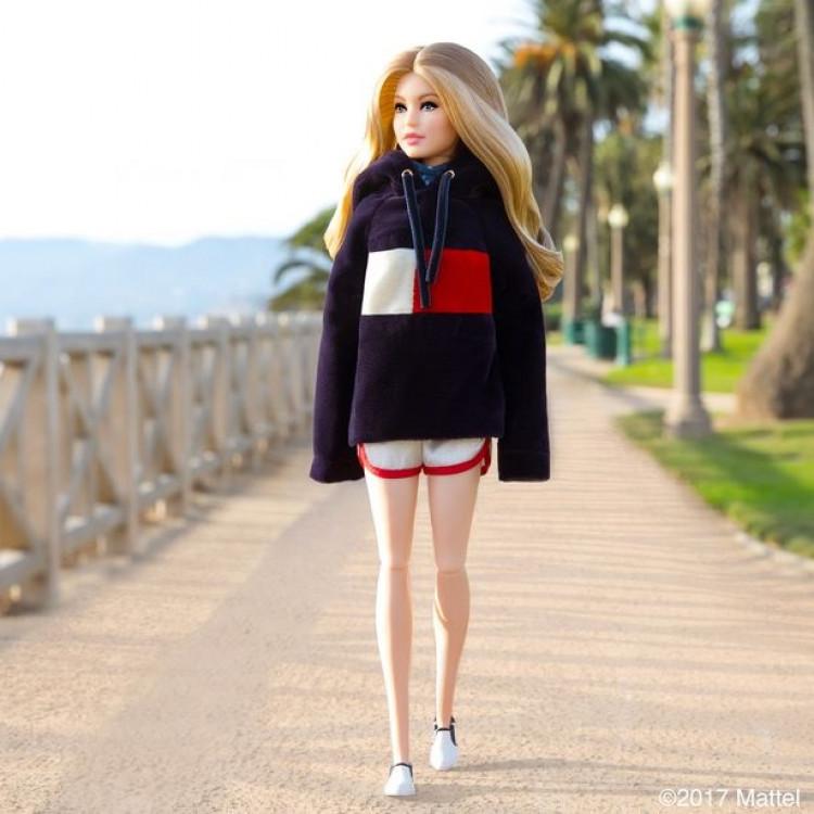 Кукла Барби Джиджи Хадид Томми Хилфигер Barbie TommyXGigi Doll