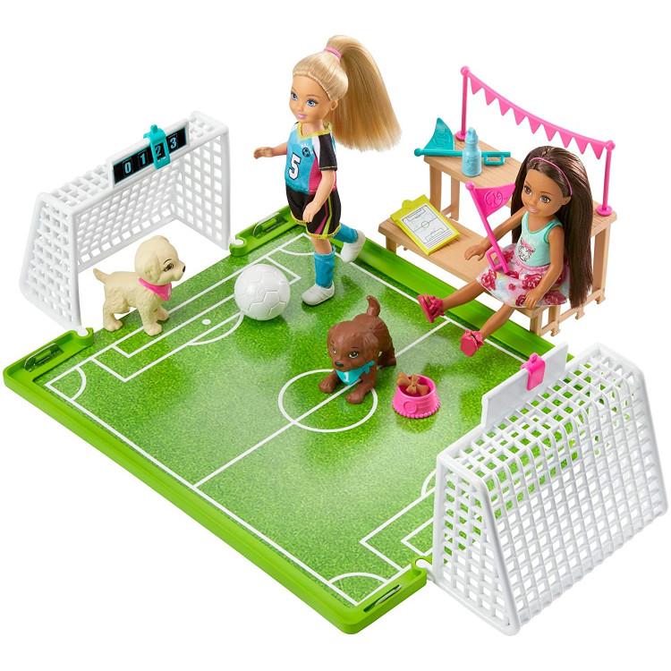 Ігровий набір Барбі лялька Челсі футболістка Barbie Dreamhouse Adventures Chelsea Doll with Soccer Playset