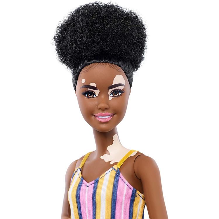 Барбі Модниця з вітіліго Barbie Fashionistas Doll with Vitiligo and Curly Brunette Hair 135