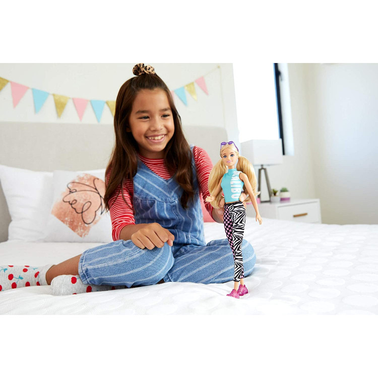 Кукла Барби Модница Barbie Fashionistas Doll with Long Blonde Pigtails Wearing Malibu Top, Patterned Leggings 158
