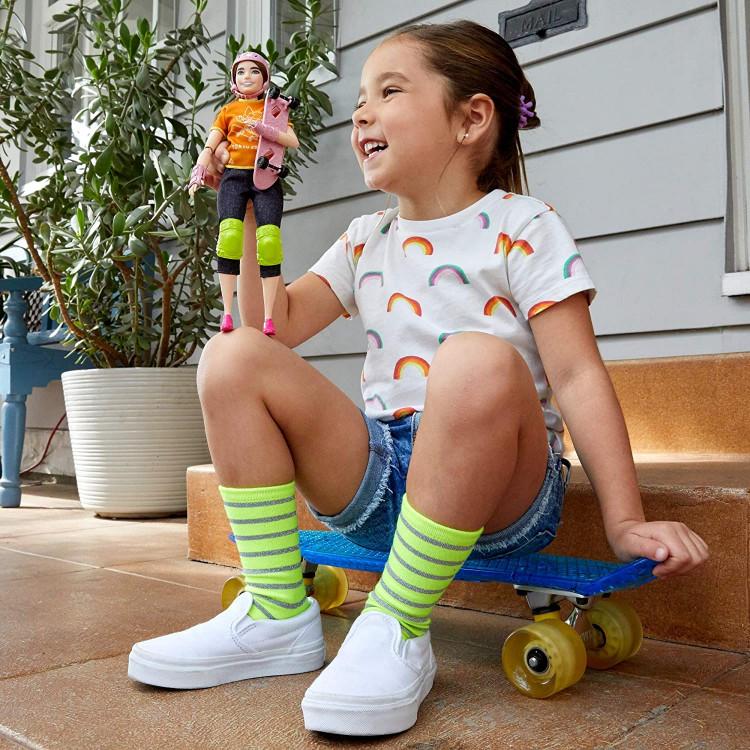 Лялька Барбі Скейтбординг Олімпійські ігри Токіо Barbie Olympic Games Tokyo 2020 Skateboarder Doll