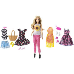 Кукла Барби Путешествие с набором одежды Barbie Pink Passport Fashion Doll Gift Set