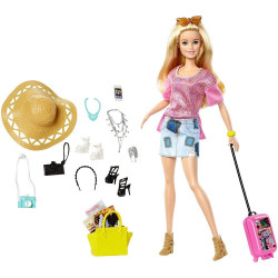 Кукла Барби Путешественница Barbie Pink Passport Vacation Doll Giftset
