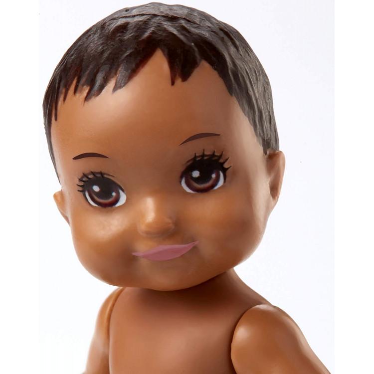Барбі немовля Barbie Babysitters Inc. Sick Baby Story Pack Brown, Pink