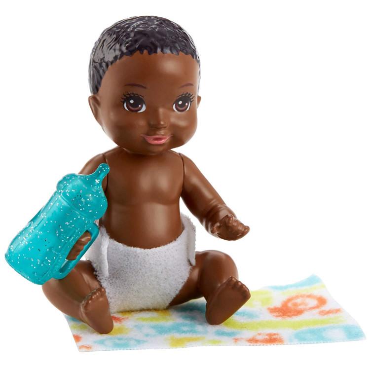 Барби пупс младенец Barbie Babysitters Inc. Sleepy Baby Story Pack Dark Brown, Blue