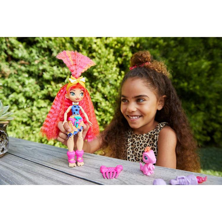 Лялька Емберлі та вихованець Флер Печерний клуб Cave Club Emberly Doll with Flaire Dinosaur Pet