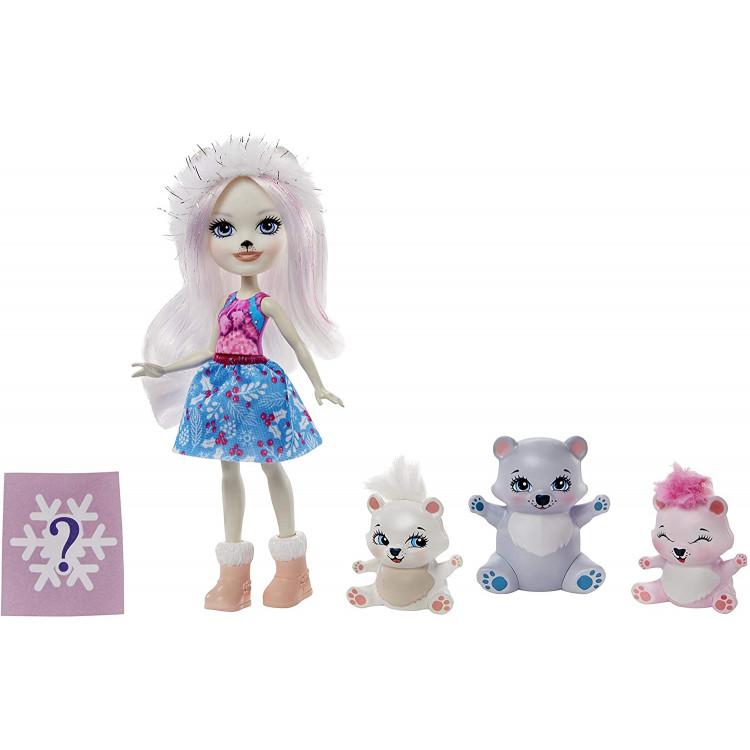 Ігровий набір з сюрпризом Сім'я білої ведмедиці Прістіни Enchantimals Family Toy Set with Pristina Polar Bear Doll