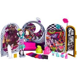 Игровой набор и Кукла Рэйвен Квин Дорога в Страну Чудес Ever After High Raven Queen Doll & Playset Way Too Wonderland