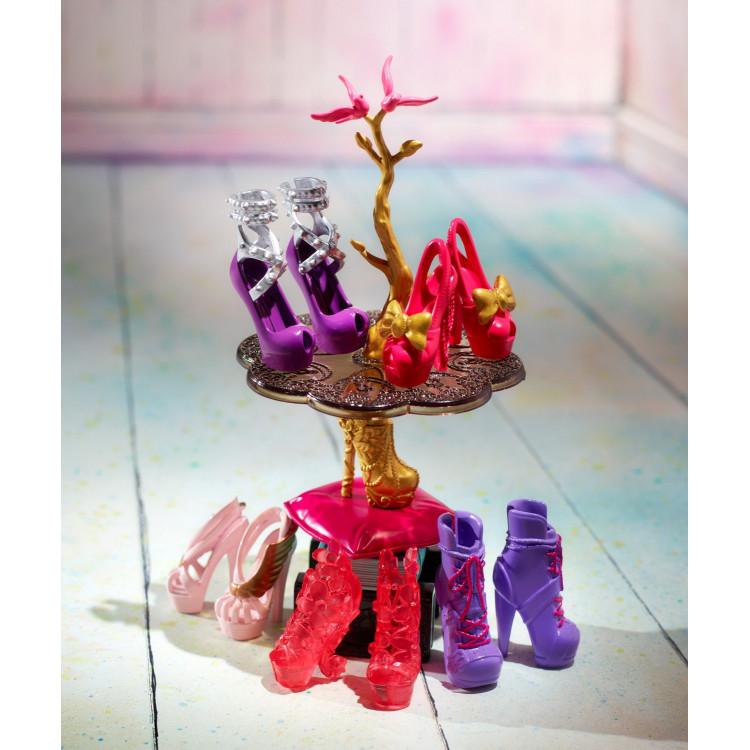 Игровой набор Обувной магазин Хрустальный башмачок Ever After High Book End Hangout Glass Slipper Shop Playset