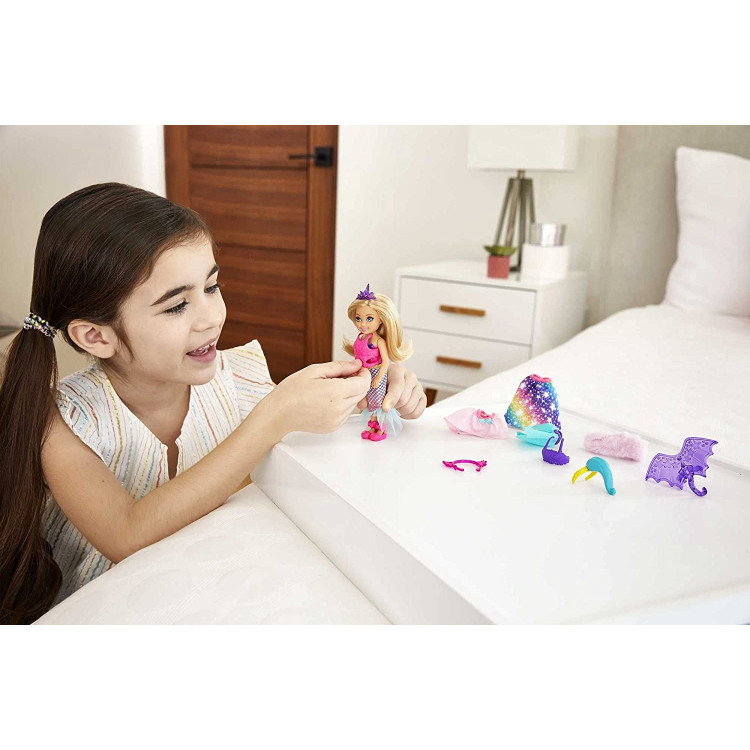 Кукла Барби Челси Дримтопия с набором костюмов Barbie Dreamtopia Chelsea Doll and Dress-Up Set