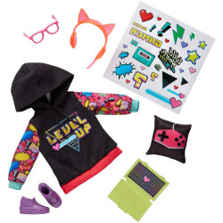 Одежда для куклы Команда Диких Сердец Wild Hearts Crew Good to Game Fashions 8-Piece Accessory Set